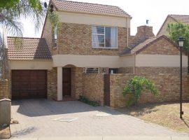 22 Cashane, Pritchard Street, Johannesburg North